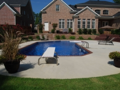 Vinyl Swimming Pool with Brick Coping(1)