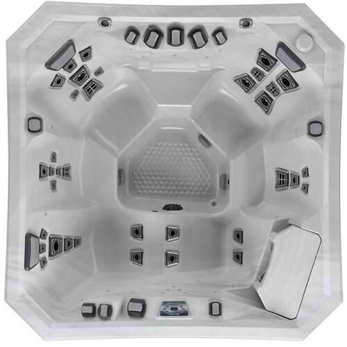 V84 Hot Tub